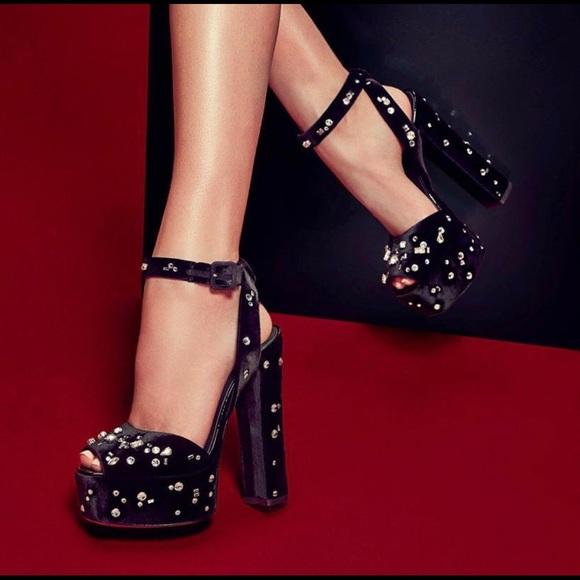 06ca81d7a04 Giuseppe Zanotti Lavinia Swarovski Velvet Heels